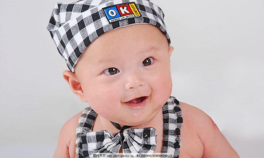乖娃娃 儿童摄影 小孩 娃娃 满月照 明眸 儿童 婴儿 大眼睛 凝视 目不