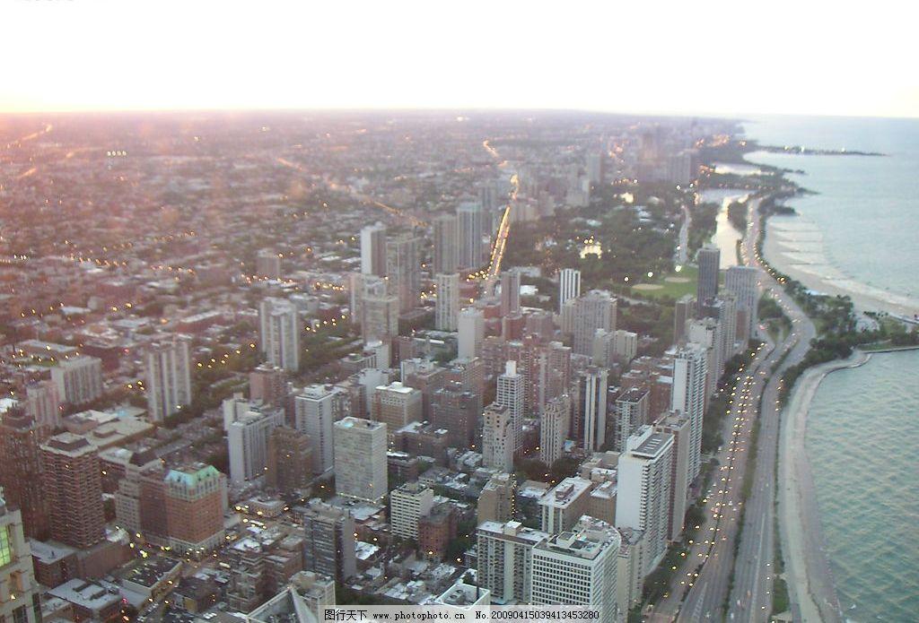 城市 都市 繁忙 闹市 海边 海岸线 建筑园林 建筑摄影 摄影图库 72dpi