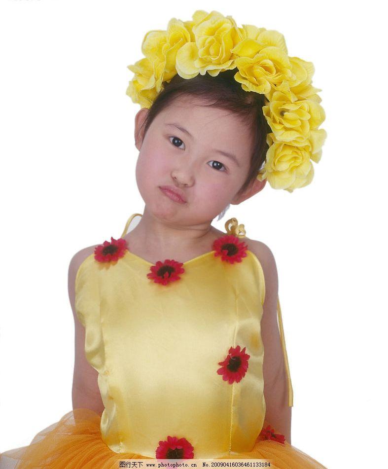可爱幼童 女孩 眼神 活泼 花饰 人物图库 儿童幼儿 摄影图库 350dpi