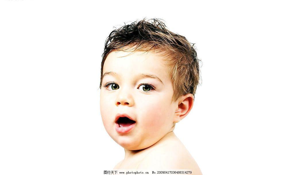 可爱儿童 天真 可爱 儿童 幼儿 孩子 纯真 漂亮 宝宝 洗澡 人物图库