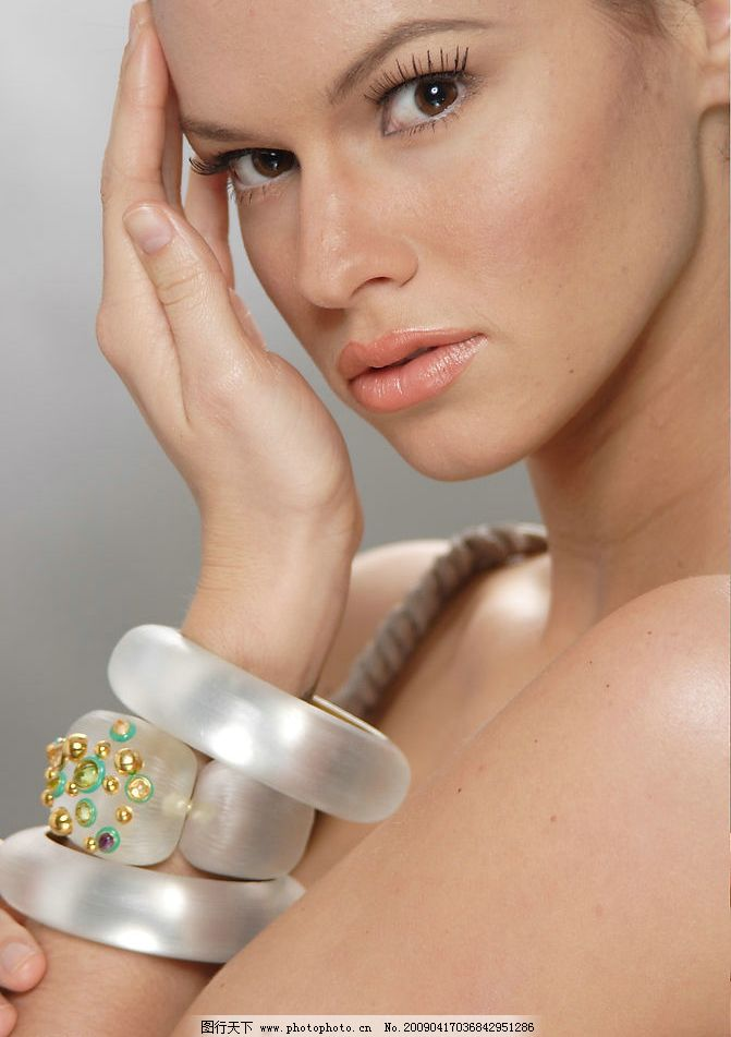 模特 女人 化妆品模特 美丽肌肤 脸部特写 人物图库 女性女人 摄影