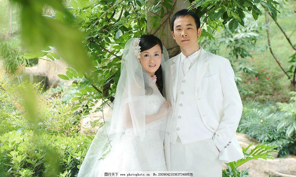 婚纱照 人 新娘 摄影模板 女性 男士 野外 人物摄影 摄影图库