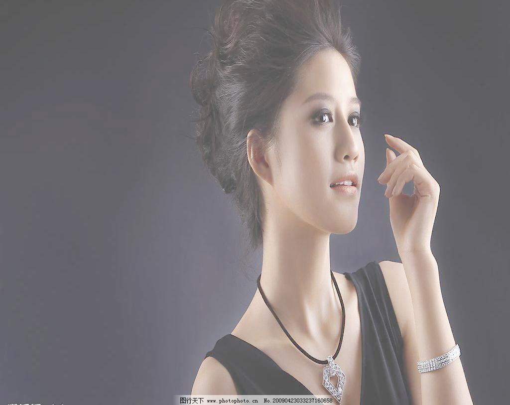吊旗 女性女人 人物图库 设计图库 摄影图库 珠宝 珠宝美女图片素材下