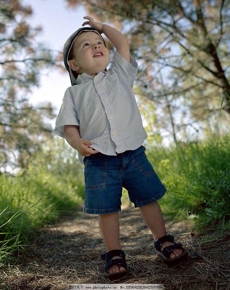 生活写真 baby 小孩子 小骑士 孩童玩耍 可爱的小男孩 文静 调皮 人