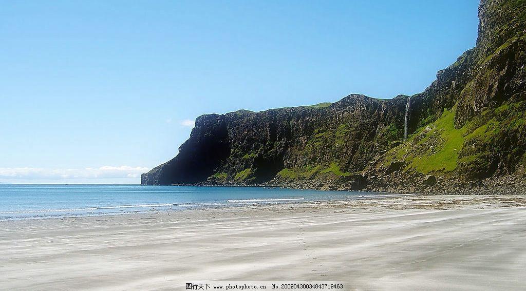 海边风景 海水 沙滩 美丽风景 蓝天 白云 云层 天空 树木 高山