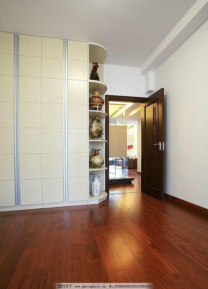 室内装修效果 墙壁 地板 古懂 花瓶 门等 建筑园林 室内摄影