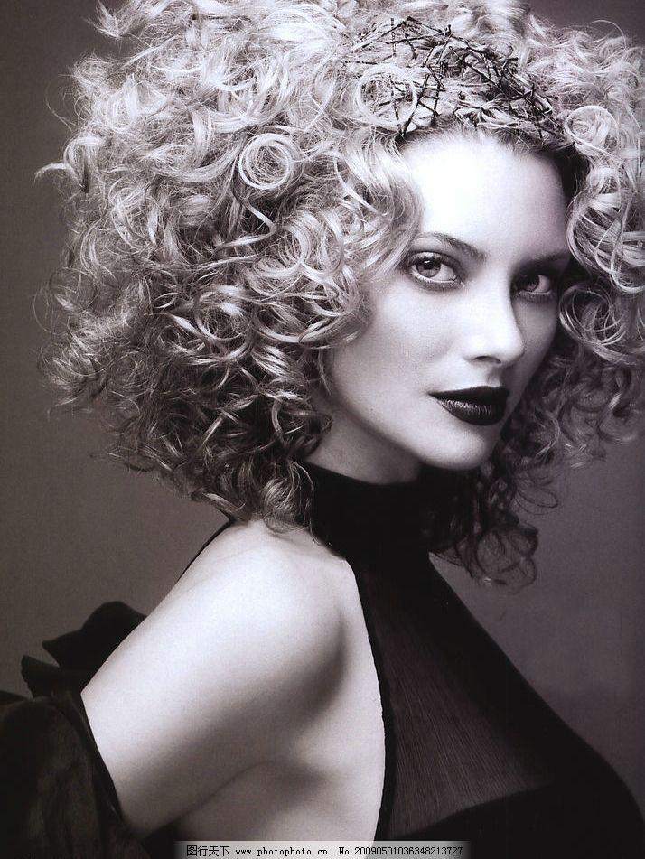 欧洲黑白视觉发型图片