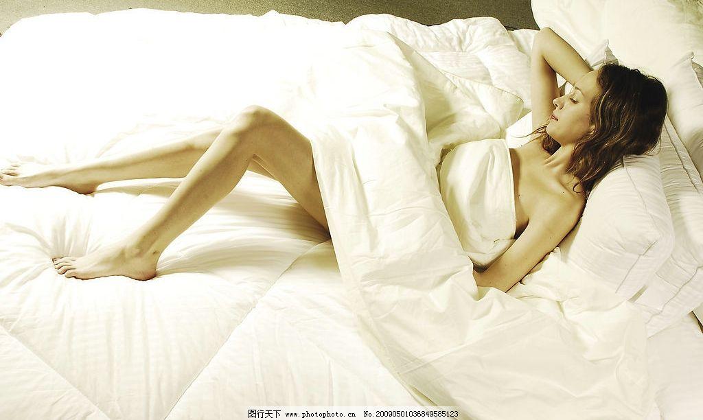 卧室睡眠美女 睡觉的女人 睡美人 睡姿 人物图库 女性女人 摄影图库