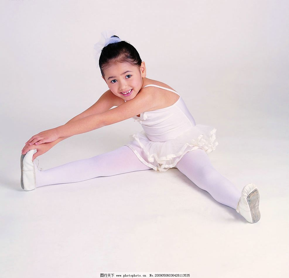 儿童 跳舞 天使 小女孩 小朋友 幼儿 可爱 人物图库 美丽