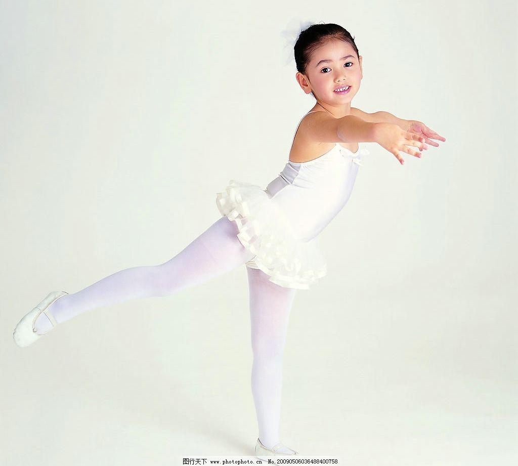 儿童 跳舞 天使 小女孩 小朋友 幼儿 可爱 人物图库 美丽 精品 儿童