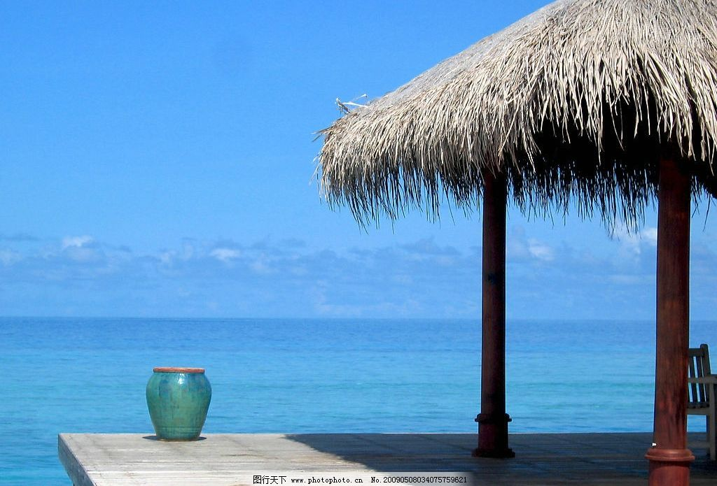 凉亭一角 马尔代夫 海边 凉亭 平台 水缸 旅游摄影 国外旅游 摄影图库