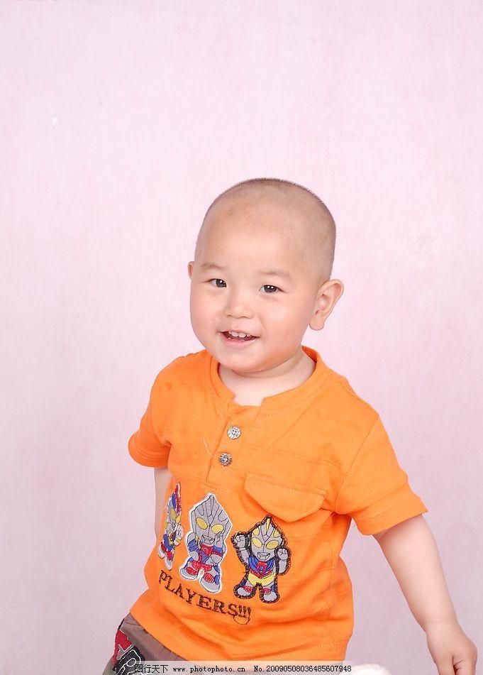 儿童 儿童摄影 可爱的宝宝 笑容 人物图库 儿童幼儿 摄影图库 300dpi