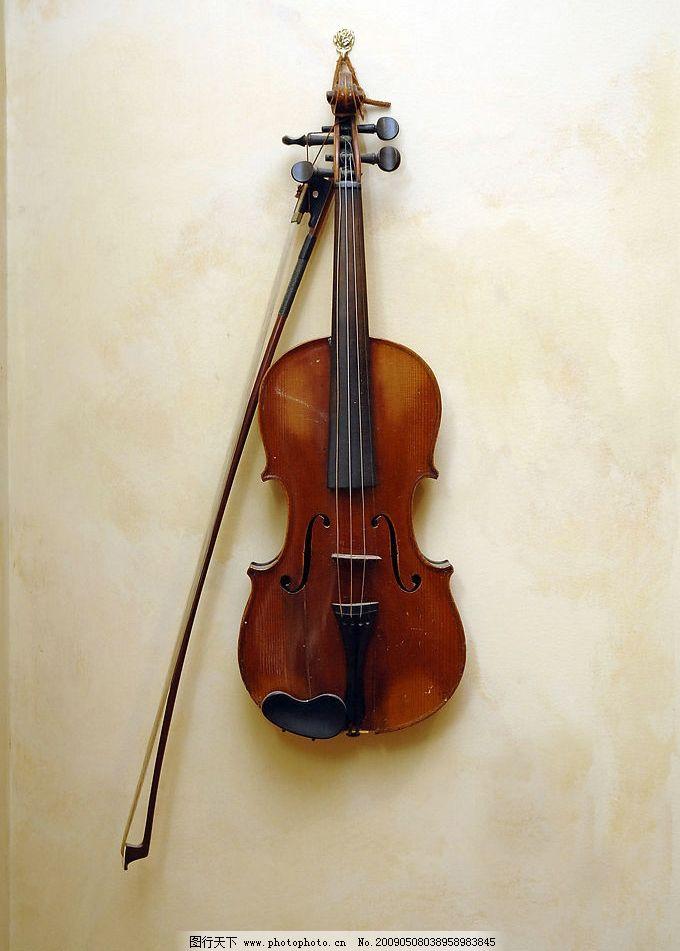 小提琴 音乐 伴奏 乐器 乐谱 五线谱 音符 摄影图库