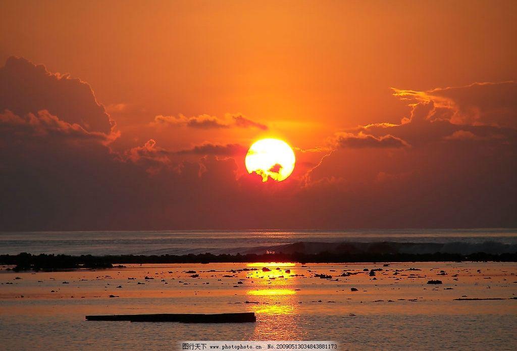 夕阳 阳光 云 海边 水面 倒影 黄昏 晚霞 日出 自然景观 自然风光