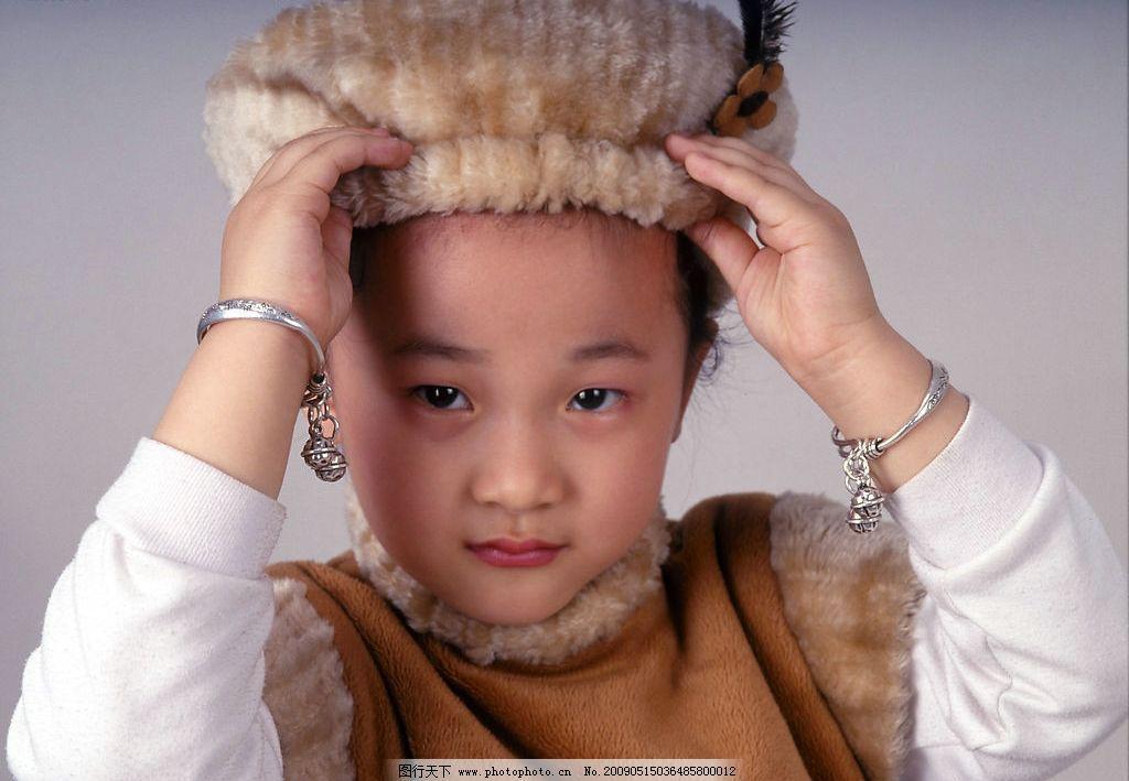 儿童 幼儿 可爱 照相馆 小女孩 小朋友 熊猫 特写 精品 人物图库 儿童