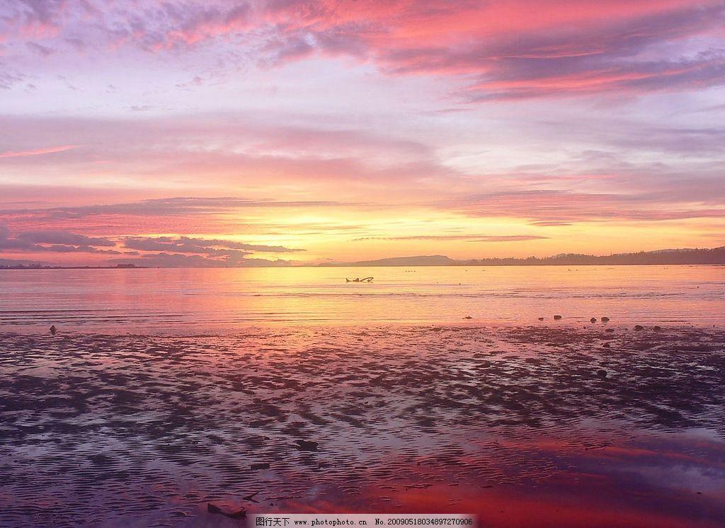 海边日出 美丽风景 日出 海边 沙滩 海水 蓝天 白云 云层 天空 景色