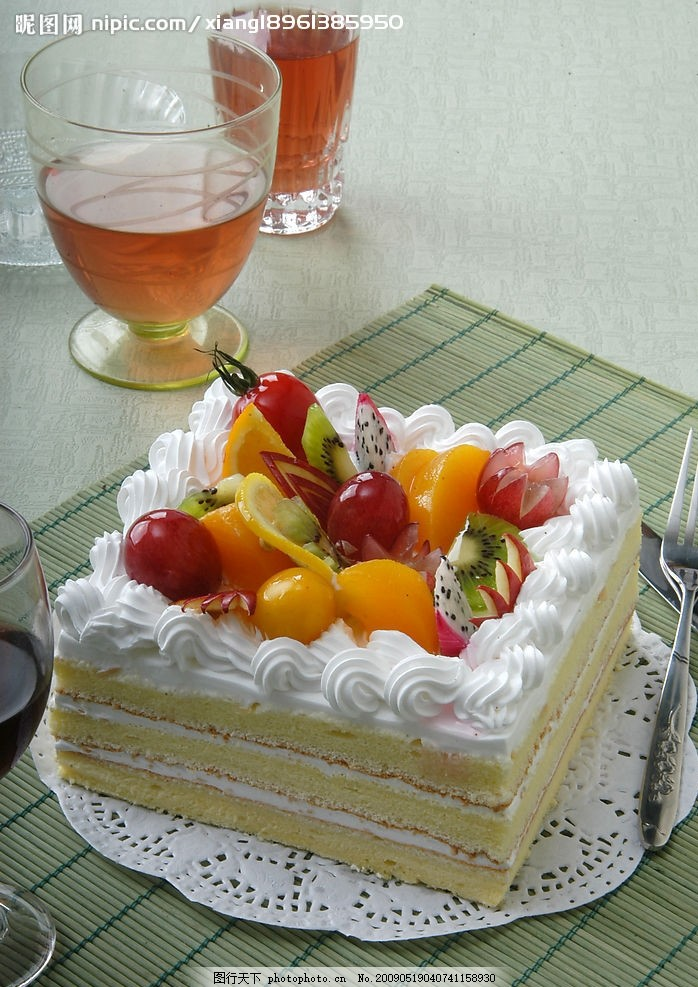欧式蛋糕 红茶 水果 花边蛋糕 餐饮美食 其他 摄影图库 300dpi jpg