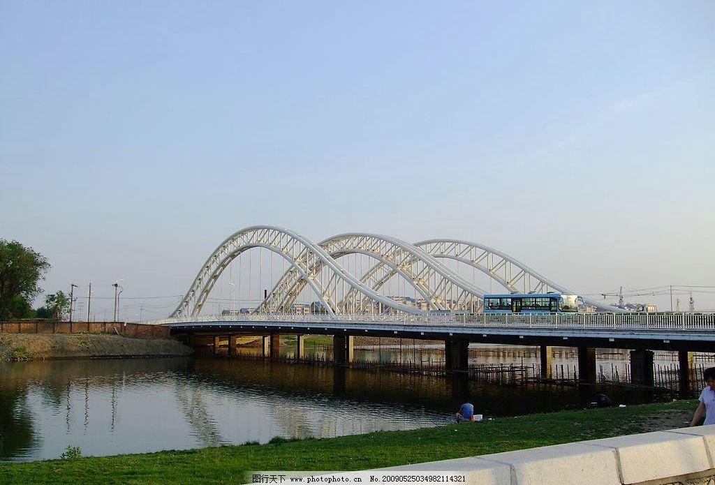 桥上风景图片