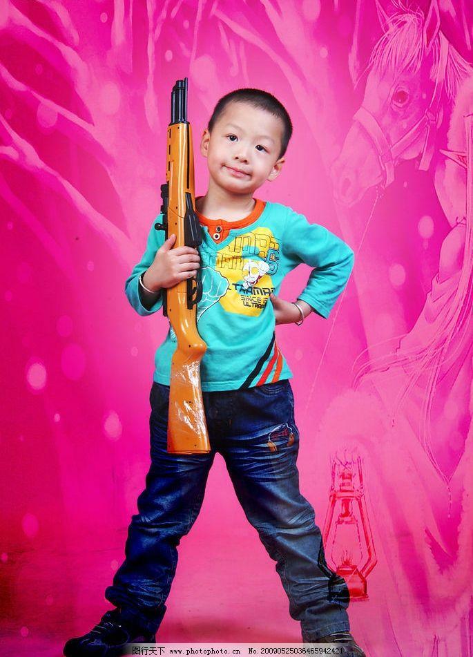 小男孩 可爱的小男孩 人物图库 儿童幼儿 摄影图库 72dpi jpg