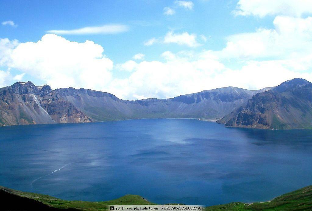天池 长白山风景 湖 蓝天 旅游摄影 国外旅游 摄影图库 72dpi jpg