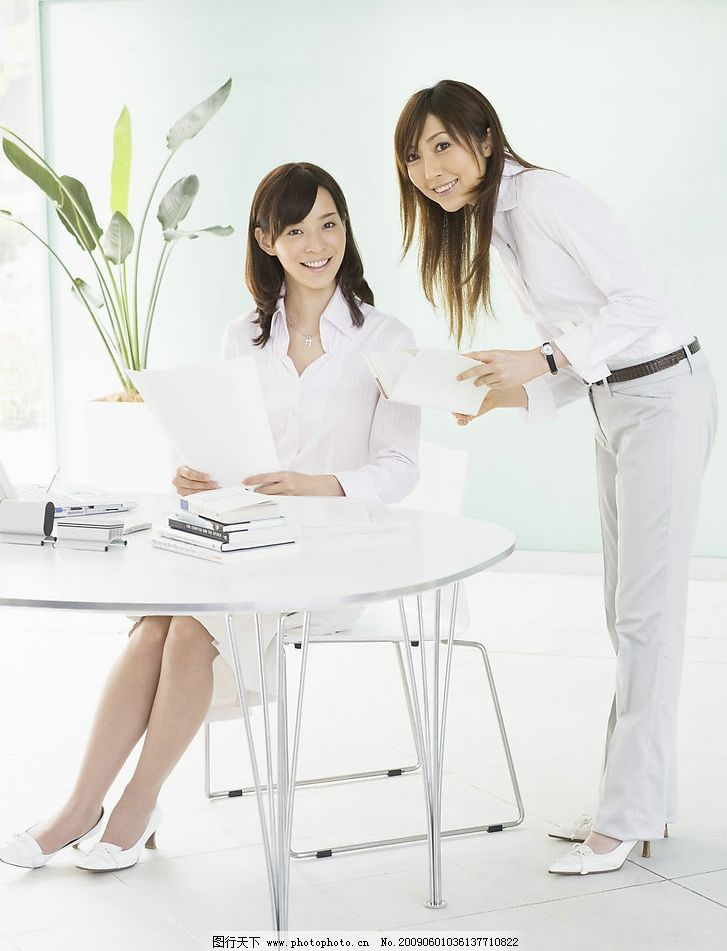 办公女性 职业女性 女人 上班族 白领 商务女人 人物 办公室 办公