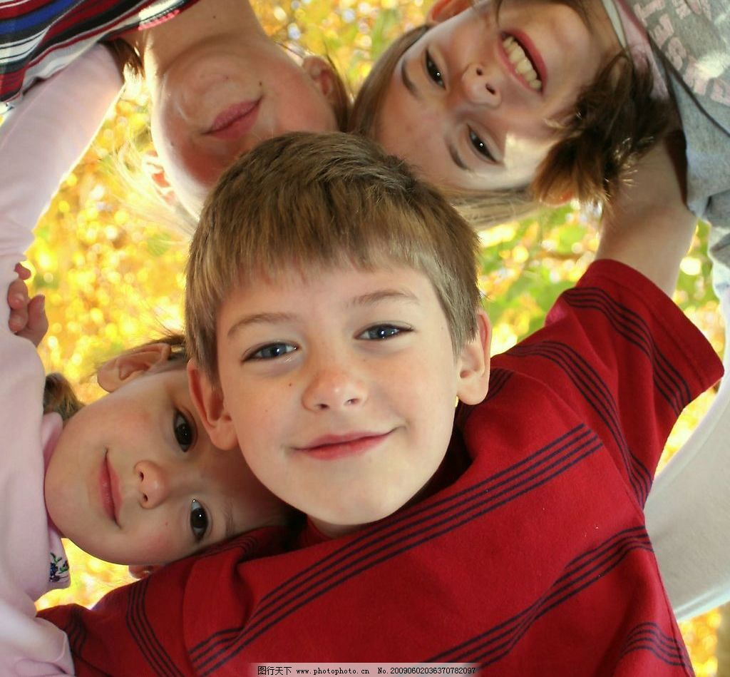 小孩 儿童 外国孩子 可爱的小男孩 人物摄影 摄影图库