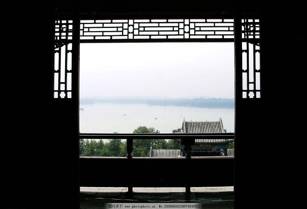 木雕门框景观 门廊 门框 木雕 古典 苏州 门外 风景 门窗 建筑园林