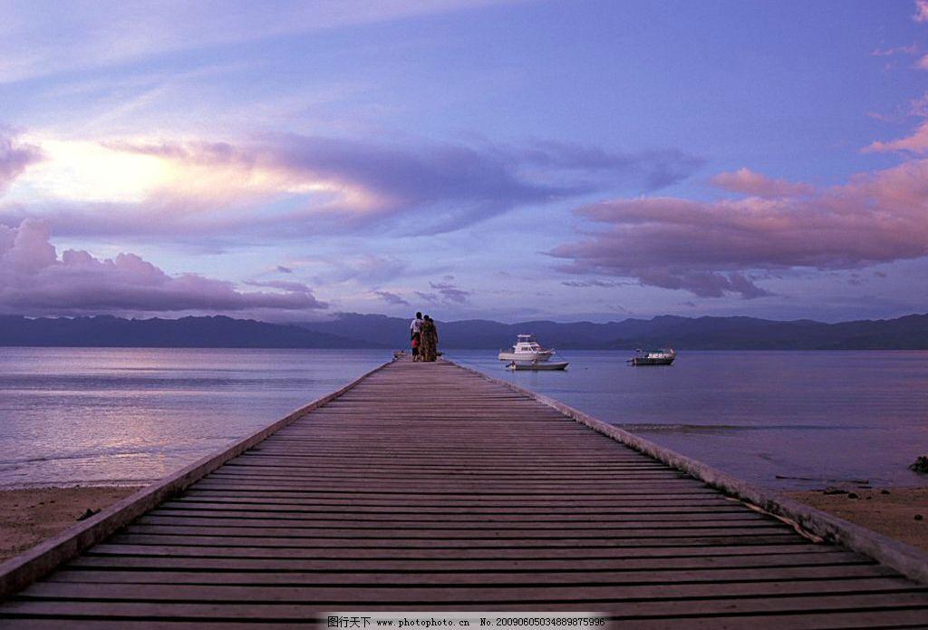 清晨 乌云 桥 水 水域 桥面 河边 早晨 自然景观 自然风景 风景 清晨