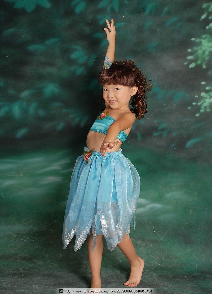 舞蹈 印度舞 女孩 可爱 儿童摄影 写真 可爱的小女孩 人物图库 儿童
