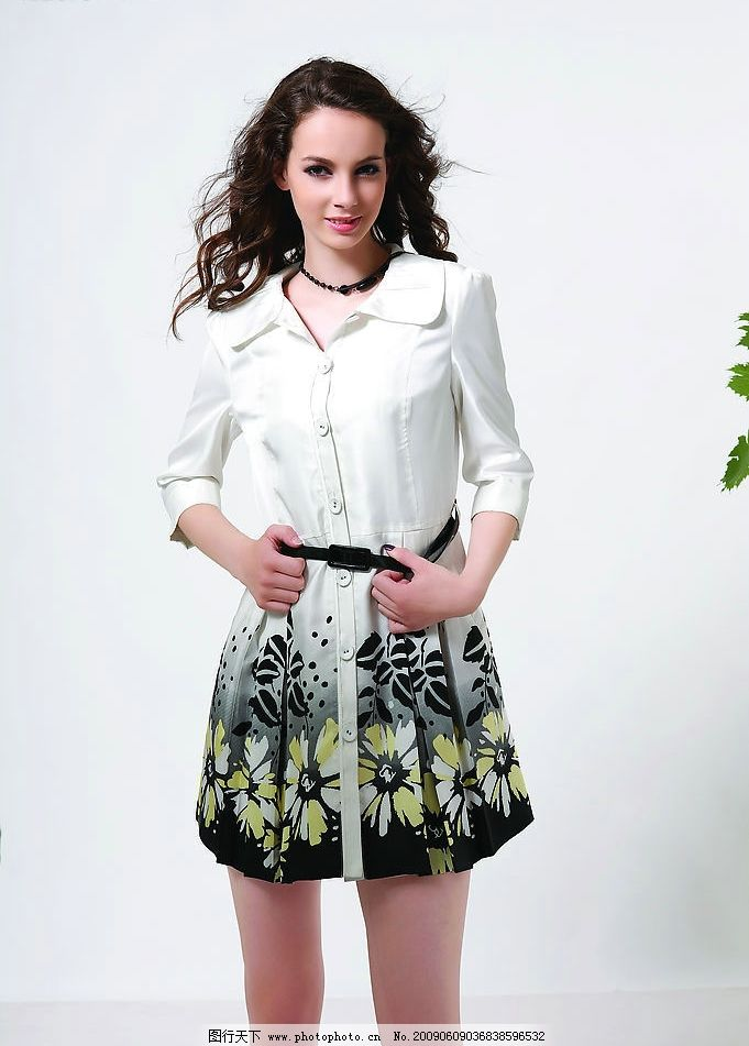 夏装 裙子      服装 美女 模特 服装模特 摄影图库 人物图库 女性