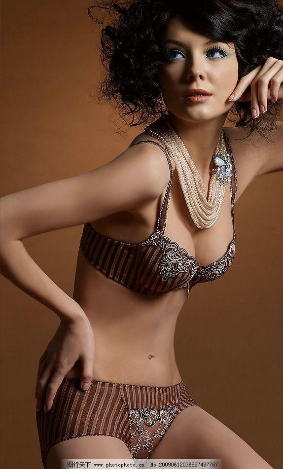 时尚内衣 模特写真 时尚 内衣 外国模特 模特 写真 女人 美女 青年 外图片