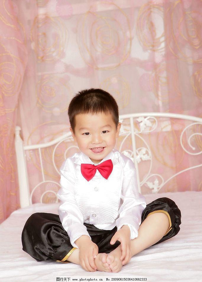 宝宝 儿童摄影 可爱的小男孩 小帅哥 宝贝 小孩 人物图库 儿童幼儿