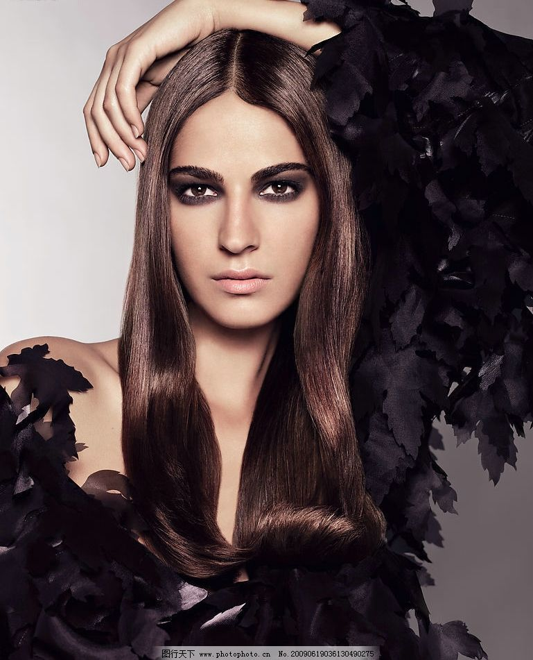 流行时尚发型模特图片