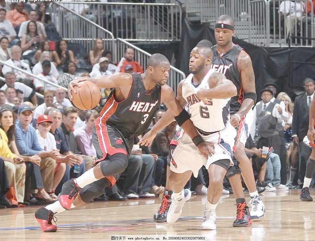 篮球前锋后卫位置图解