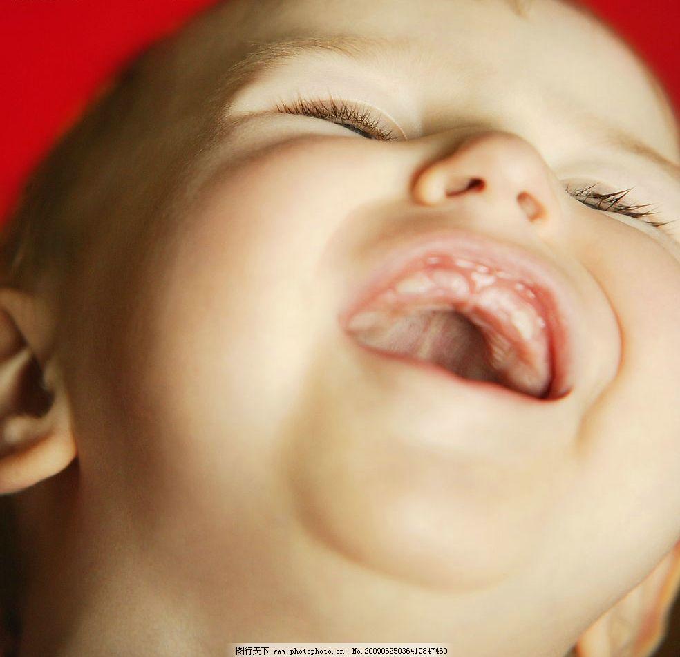可爱宝宝 头部特写 仰头 狂笑 大笑 儿童幼儿 摄影图库