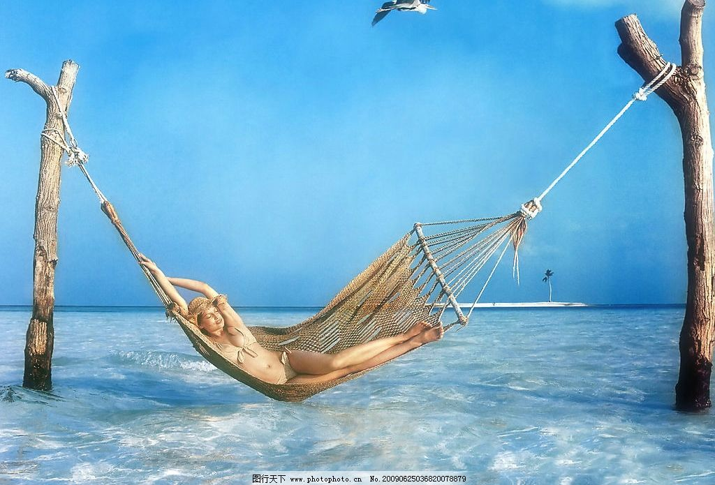 欧美美女 美女模特 美女 女人 美丽 性感 可爱 小女人 漂亮 海边 海水