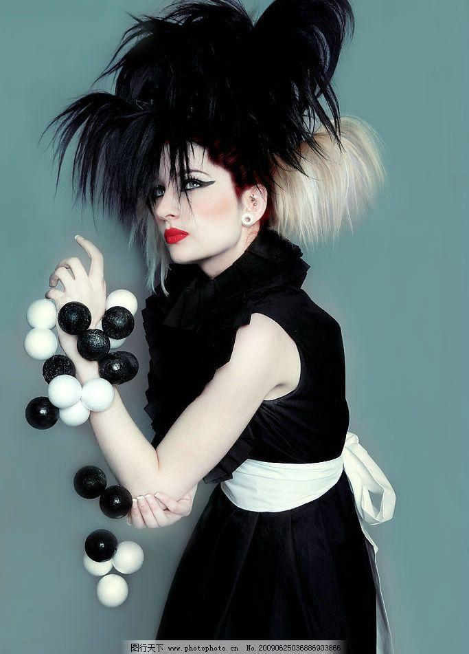前卫造型 女性 时尚 前卫 模特 美容 化妆 彩妆 发型 造型 黑白 人物