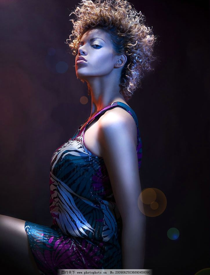 时尚发型 女性 时尚 模特 发型 美发 造型 美容 美丽 美女 人物图库