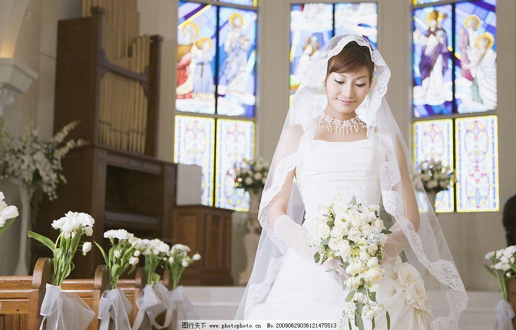 欧式教堂婚礼唯美浪漫图