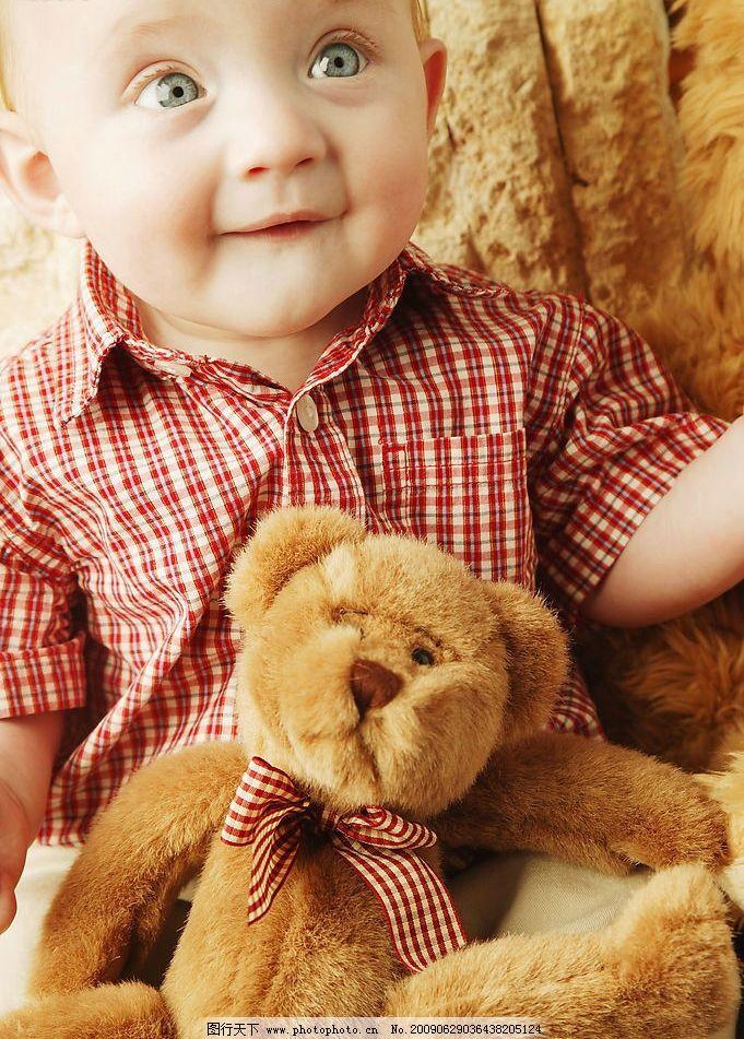 可爱宝宝 笑容 小熊娃娃 大眼睛 绿色眼睛 儿童幼儿 摄影图库